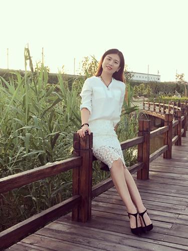 姜爱妮生活照