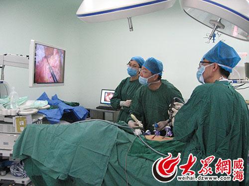 标志着该院腹腔镜微创手术治疗肠癌技术取得新突破.