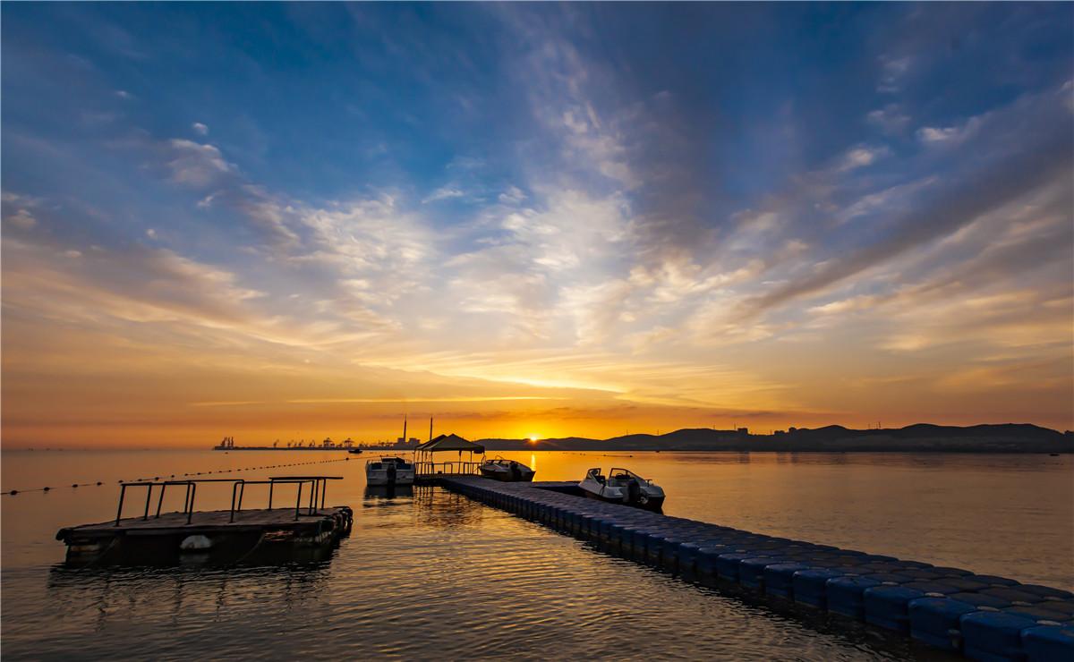 海上公园的晨光-程向新.jpg